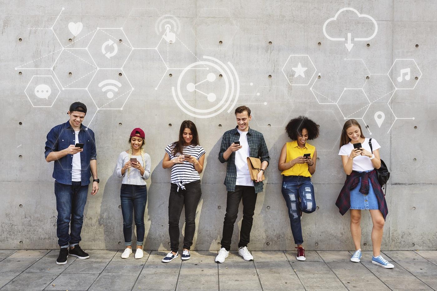 داستان شبکه های اجتماعی (1) - زبان و هوش جمعی