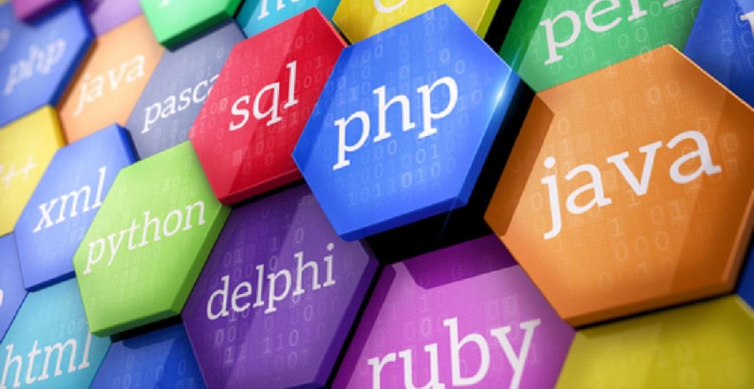 نام هر کدام از زبانهای برنامهنویسی چگونه انتخاب شد؟