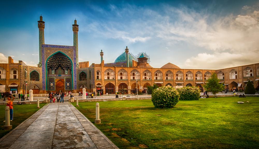تجربه نقش جهان دوم اصفهان ٬ راهی برای نرفتن