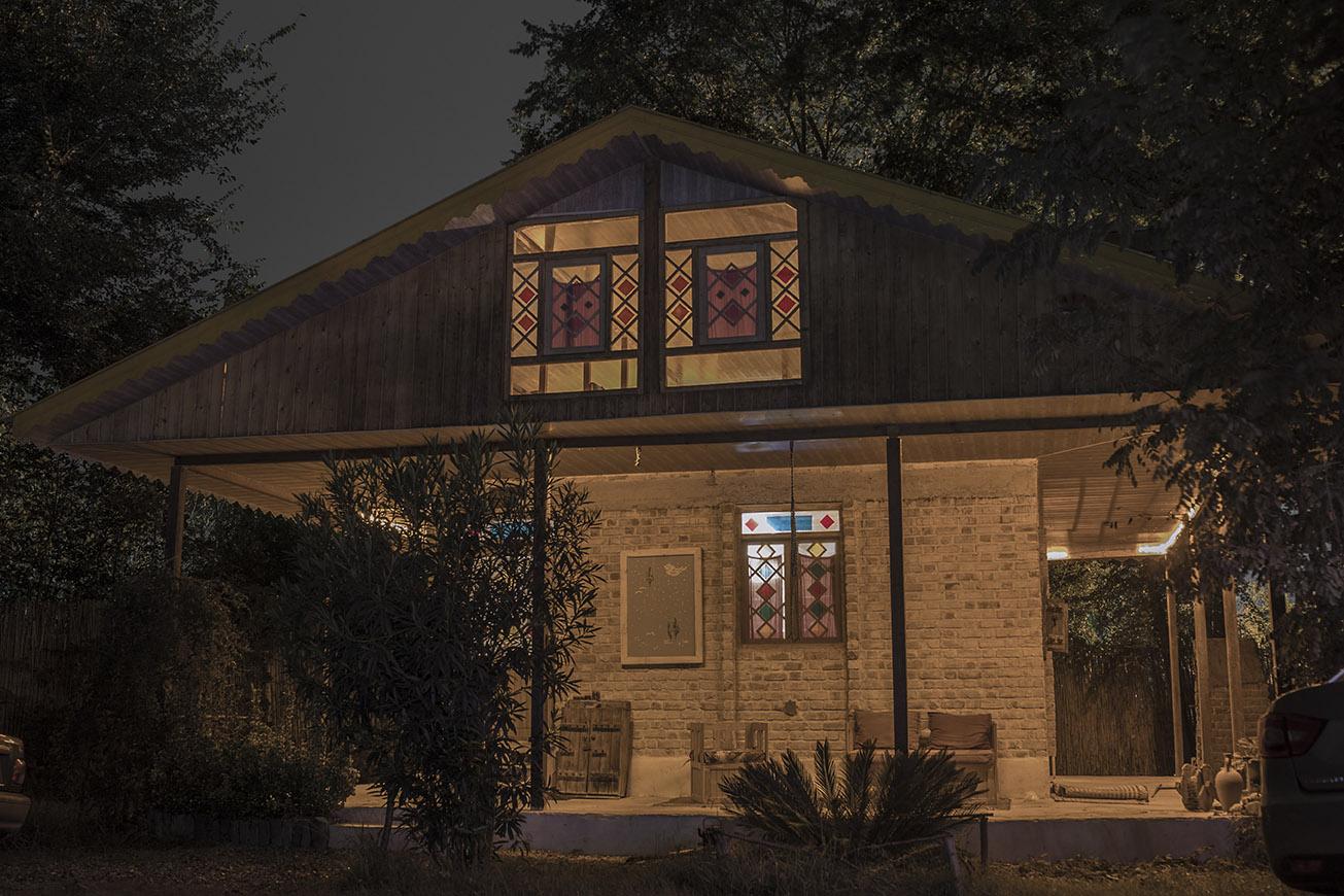 عکس لانگاکسپوژر از کلبه نارون