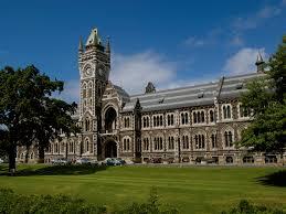 دانشگاه، بهترین مکان برای وقت تلف کردن...
