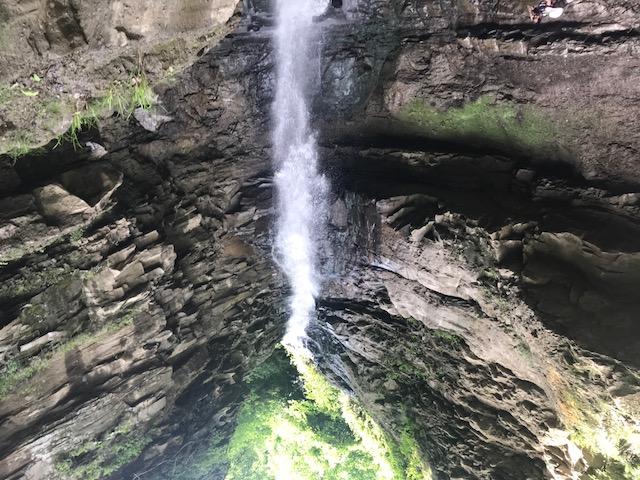 آبشار جل سنگ