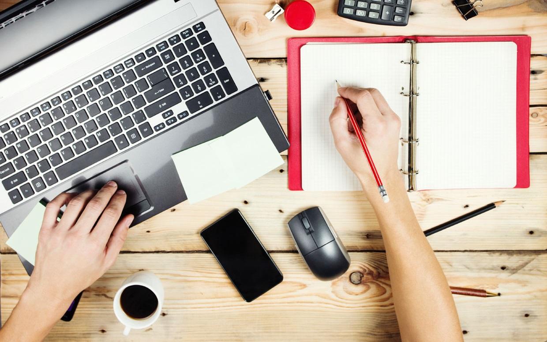 شباهتها و تفاوتهای شغلی خبرنگار و تولیدکننده محتوا