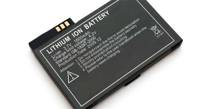 تفاوت باتری لیتیوم یونی و پلیمری
