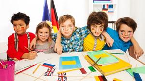 روش های پرورش کودک دو زبانه و بررسی مقایسه ای آنها