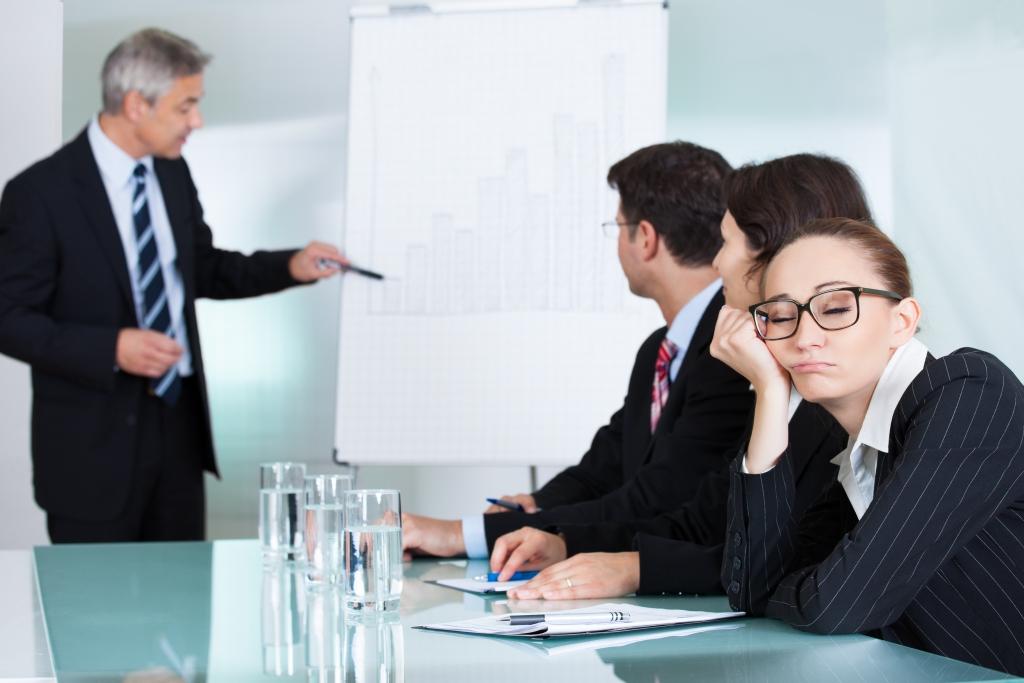 چه زمانی جلسمون رو برگزاری کنیم تا بیشترین کارایی رو داشته باشه