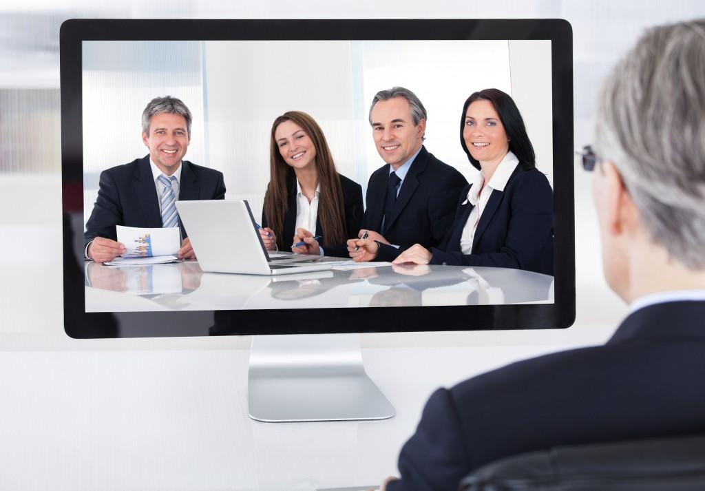 6 دلیل که جلسه روبرو کارایی تیم های فروش را افزایش داده