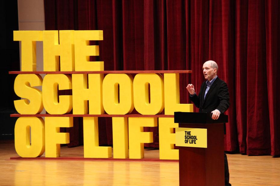 مدرسه زندگی آلن دوباتن چطور زندگی شما را متحول میکند؟