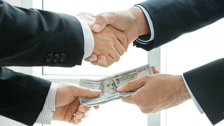 فساد اقتصادی از آنچه فکر می کنیم به ما نزدیک تر است!