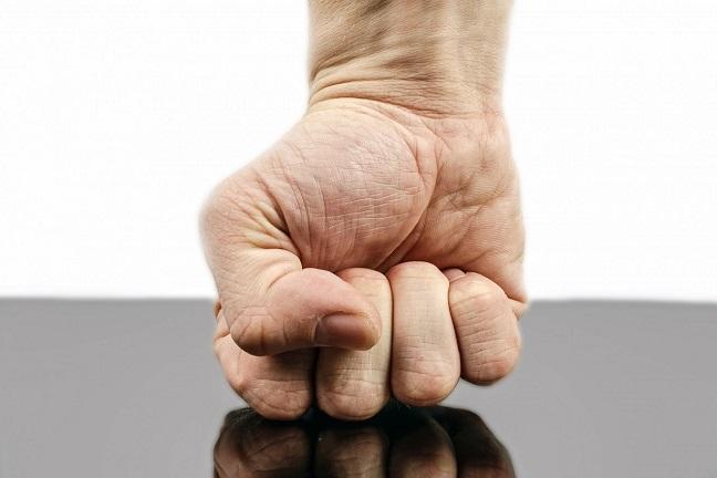 چگونه در محیط کار احساس قدرت کنیم؟