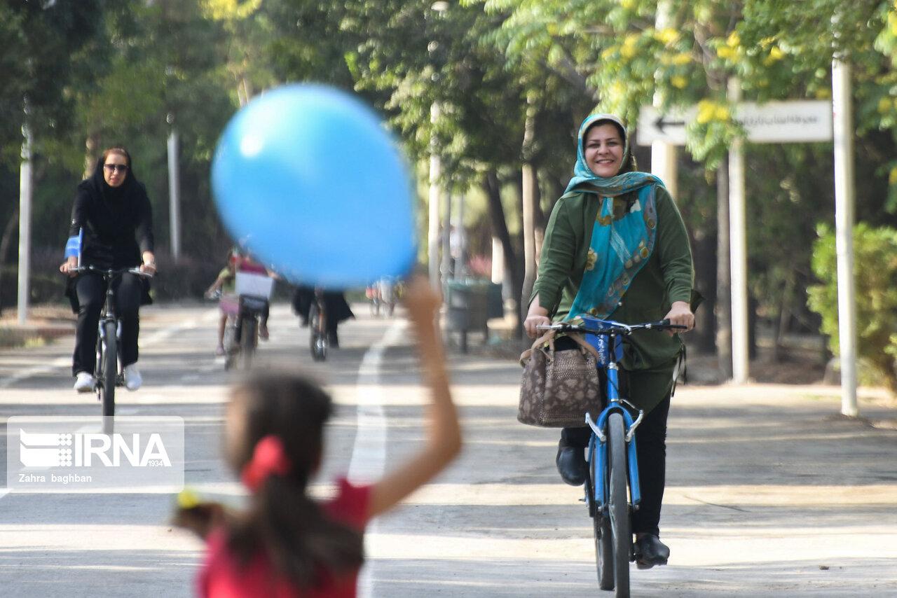 افسانه دوچرخه سواری در شهر