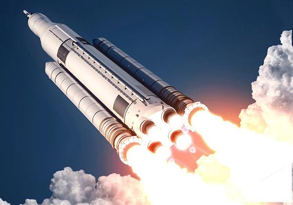 به چهار موتور انتهای راکت دقت کنید